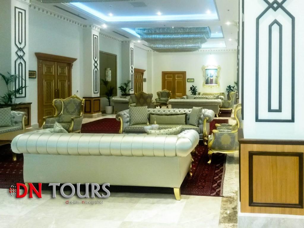 Mary Hotel, Turkmenistan lobby
